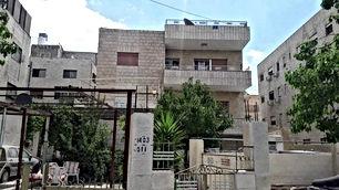 بيت مستقل في الجندويل للبيع مقام عليه منزل طابقين وتسوية