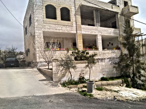 بيت مستقل للبيع في السلط اسكان المهندسين حي الامير راشد من المالك مباشرة