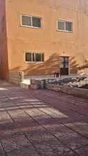 بيت في مادبا للبيع في الحي الشرقي طابقين