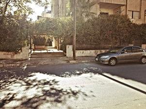 شقة طابق ارضي للبيع بشميساني مساحه كامله ٥١٠متر مقابل السيفوي من مالك مباشرة