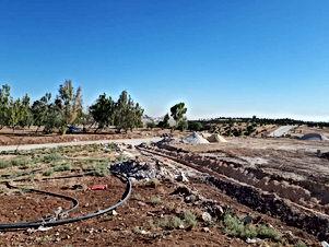 للبيع اقساط من المالك مباشرة  قطع اراضي ٣٠٠ متر و٦٠٠ متر