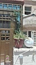 شقة طابق أرضي للبيع في الحسين مدخل مستقل