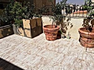 شقة مفروشة للبيع شبه ارضي طبربور كلية الشهيد فيصل