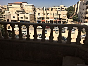 شقة للبيع في ضاحية الأمير راشد خلف شركة زين