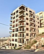 شقة ١٥٠متر  بين الجبيهة وابو نصير مقابل صحارى مول قرب مطعم ديوان زمان