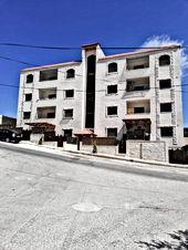 شقة طابق اول للبيع جديدة لم تسكن مساحة ١٥٠م  تبعد عن شارع الحرية 800م