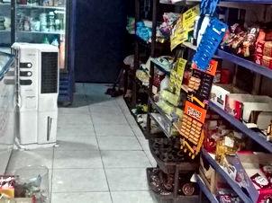 سوبر ماركت للبيع في موقع تجاري مميز الكرك مقابل المسجد العمري