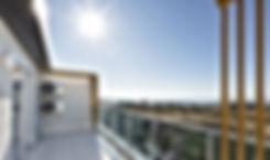 مشروع حديث جاهز للسكن خمس نجوم بخدمات متكاملة في منطقة سياحية حيوية.