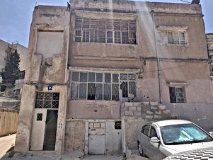 بيت مستقل طابقين قديم للبيع في صويلح مقابل مخابزن الايمان