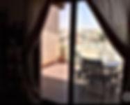 شقه مع روف للبيع في خلدا قرب مدارس المعارف شارع محمد الغرايبه 160 م وروف 100 متر