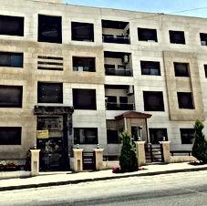 شقة للبيع في خلدا شارع كلية الخوارزمي المؤدي لاشارات البشيتي