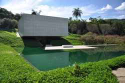 Instituto_Cultural_Inhotim_Pavillion