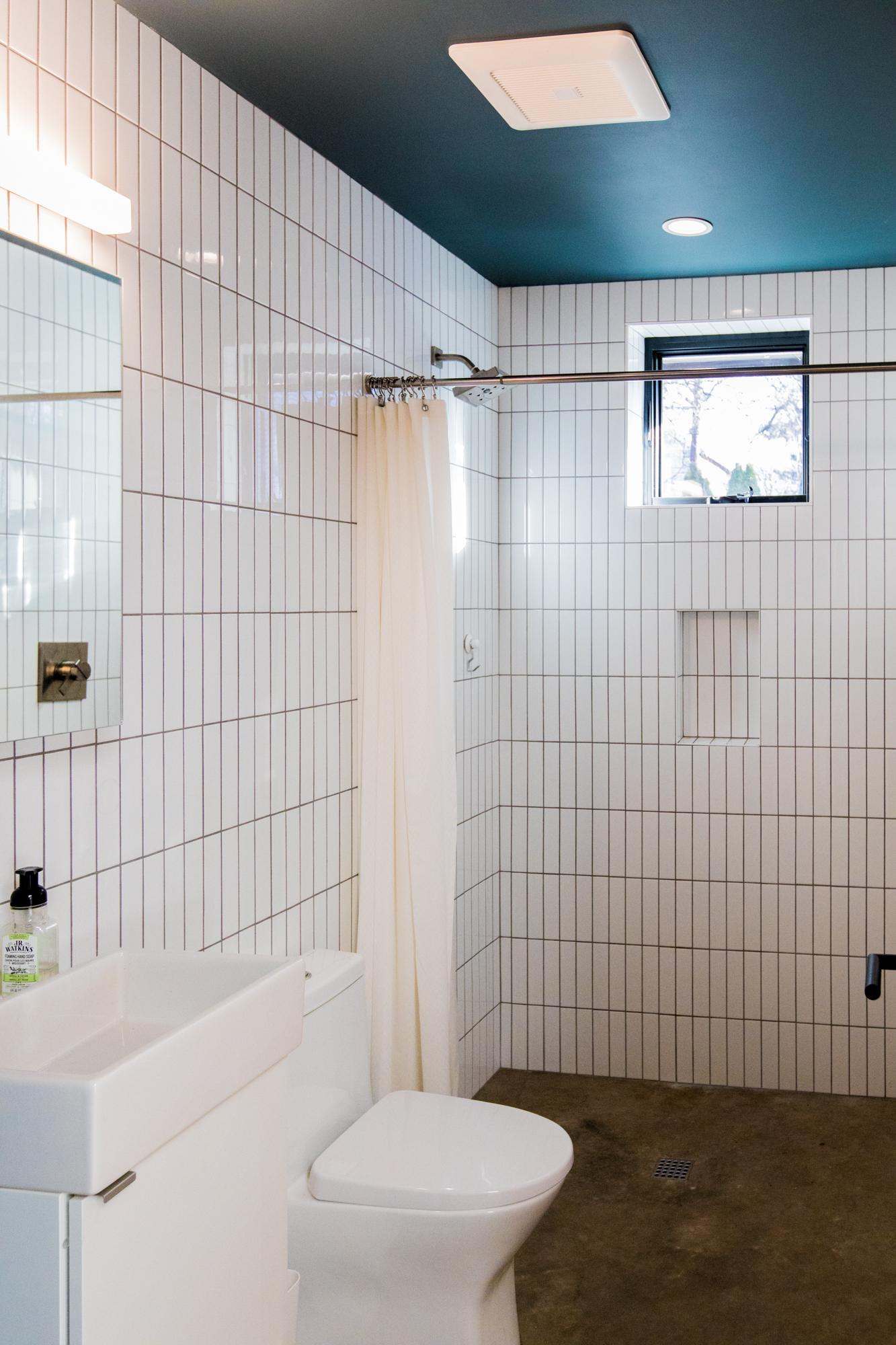 Mason St ADU - Bathroom