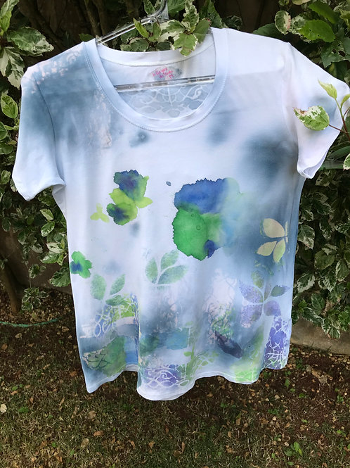 """Camiseta feminina """"Portal das ilusões"""""""