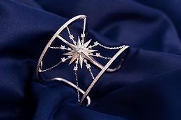 Photographe professionnelle à Versailles Photographe de produits et bijoux