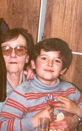 Yoann_et_sa_grand-mère.jpg