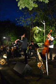 Wyna Michto Swing en concert