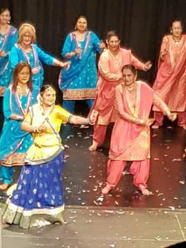 4 Bollywood Dancing.JPG