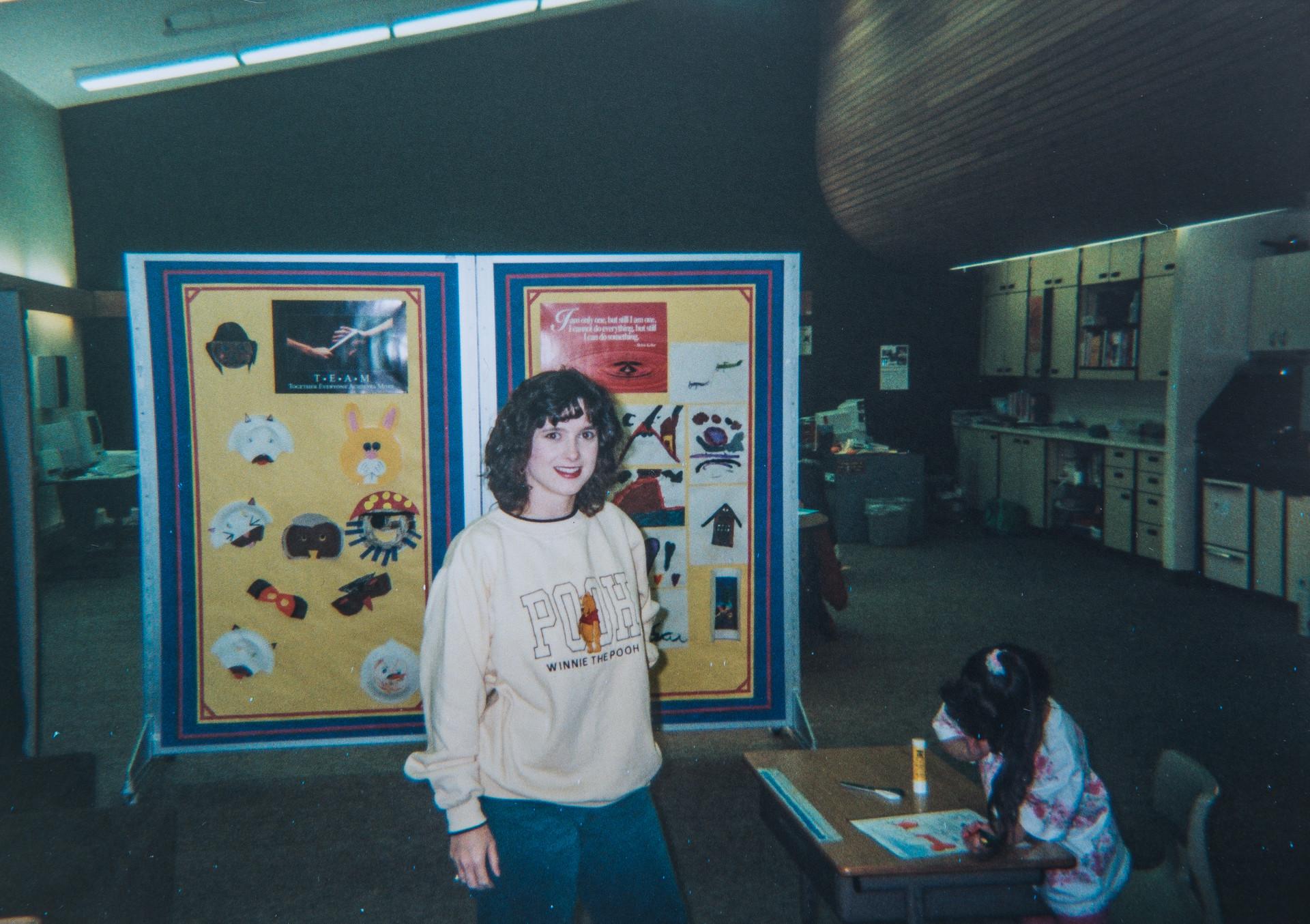 Melissa Cook Teaching Elementary Students