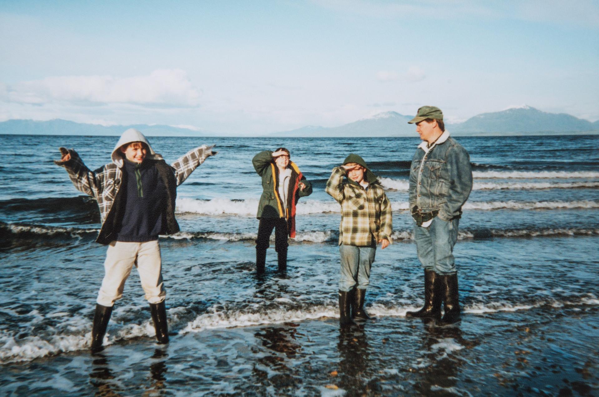 Sutton, Everett, Ethan, Elgin Cook at Sandy Beach
