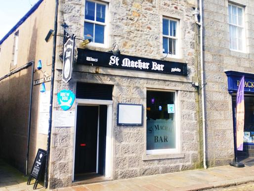 Scottish Govt bans university students from pubs