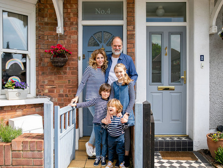 Sarah's Doorstep Portraits in St Albans for Noah's Ark Children's Hospice - week one