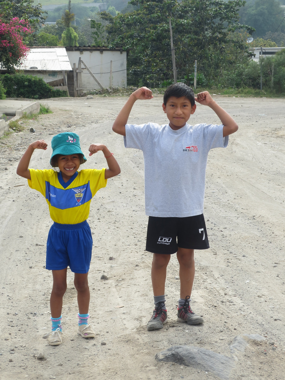 The only Ecuadorians I could con into running with me: my host siblings.
