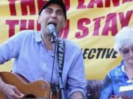 Songs for Refugees at the Community Blockade: Kangaroo Point