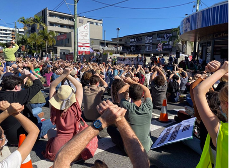 Story Bridge Mass Sit-in  #FreeTheKP120