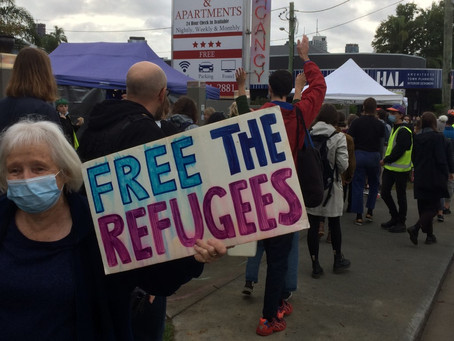 KANGAROO POINT REFUGEES NOW BEING MOVED TO MELBOURNE