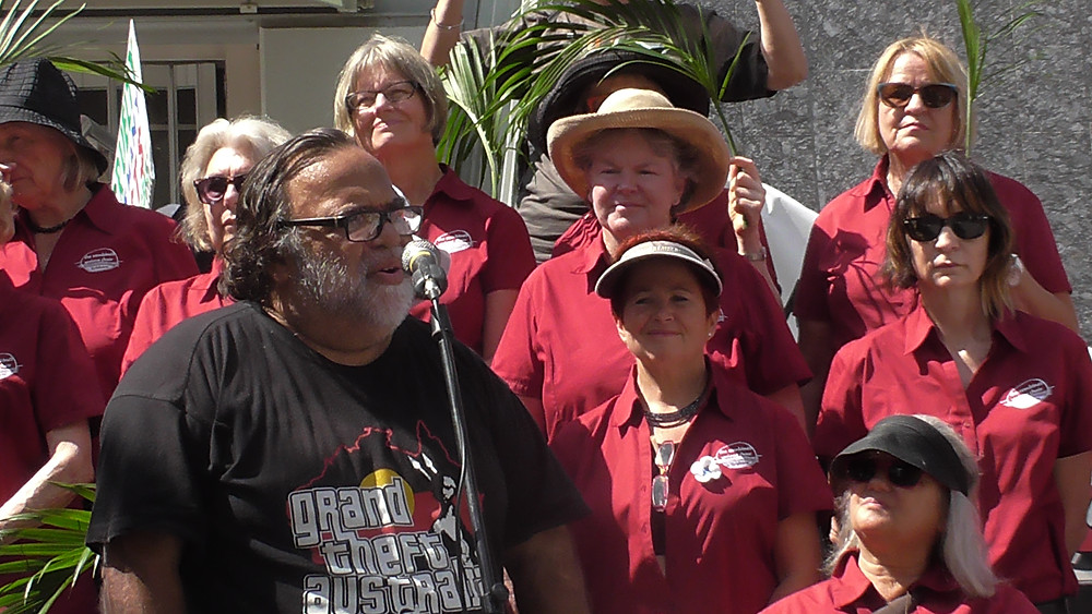 Sam Watson ans members of the Brisbane Combined Unions Choir