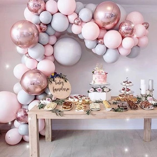 Baloane-botez-decor-Candy-Bar-baloane-cu-heliu-fundal-photo-corner-baloane-arcada-baloane