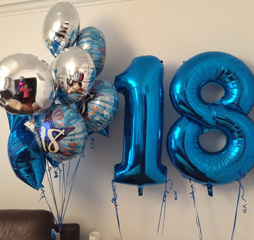 Comandati baloane cu heliu cifre 18 cu livrare oriunde in Bucuresti si Ilfov.