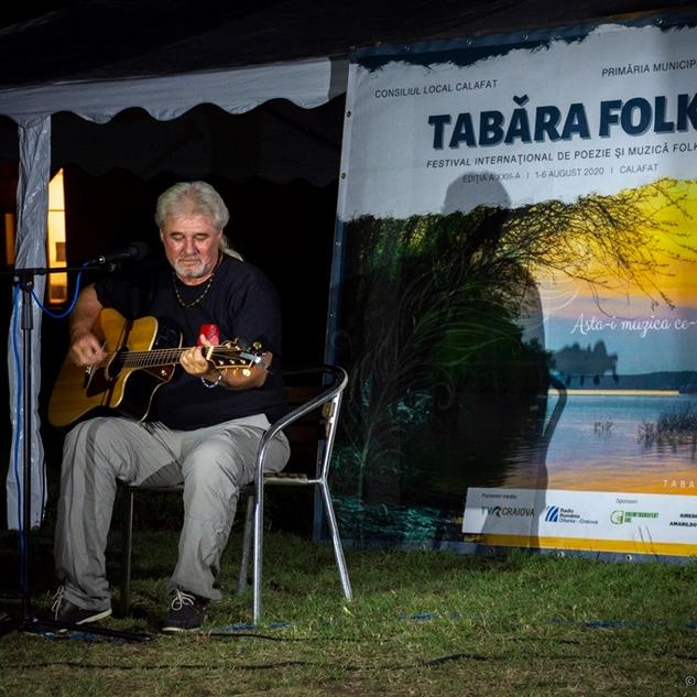 Cristi-Buica-Tabara-folk-Calafat-2020-fo