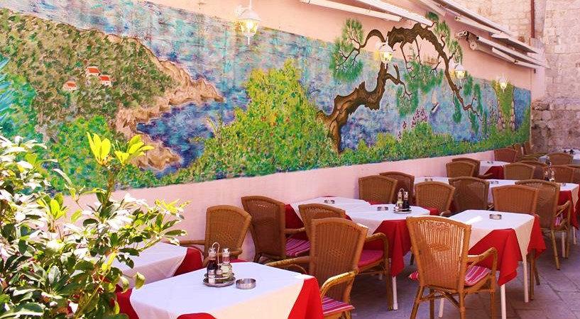 Slika na zidu restoran Amoret Dubrovnik