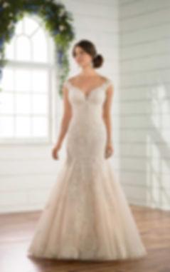 Wedding Dress, Essense of Australia