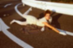 Lounie,model falling