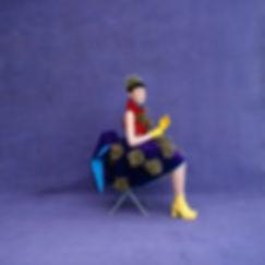 Hibino Kozue,Purple background,sitting