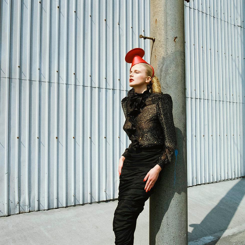 Ryūkō Tsūshin,High Fashion,Electric post,Sirrku,Valentino,Harumi