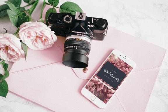 iphone-mockup-3.jpg