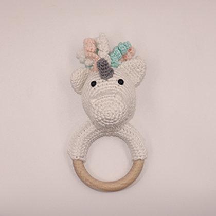 Rammelaar/bijtring eenhoorn met houten ring