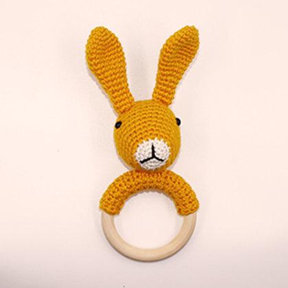 Rammelaar/bijtring konijn met houten ring