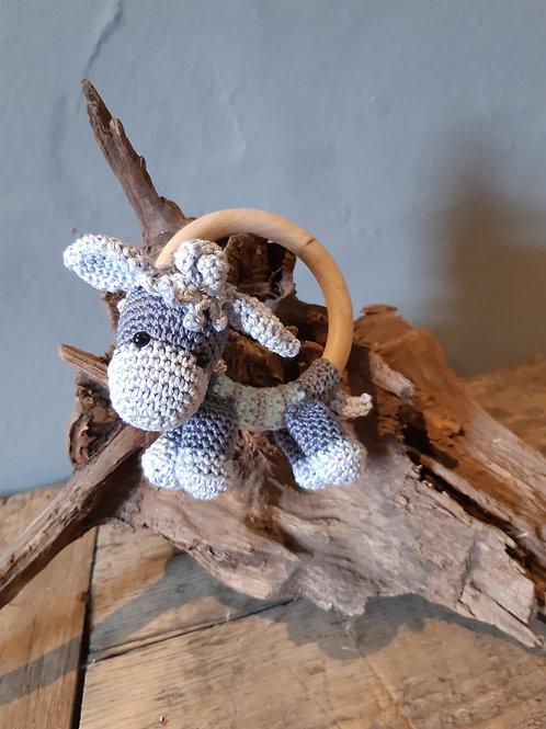 Rammelaar/bijtring ezeltje met houten ring