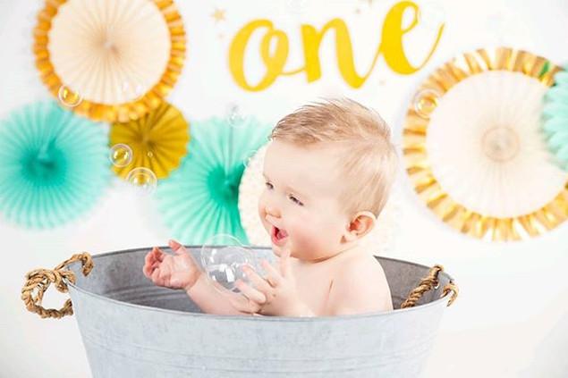 Cakesmash fun and bubbles! 😋 ⠀_⠀_⠀⠀_•⠀⠀