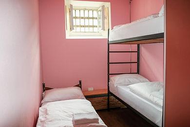 Innenansicht 3-Bett-Zelle