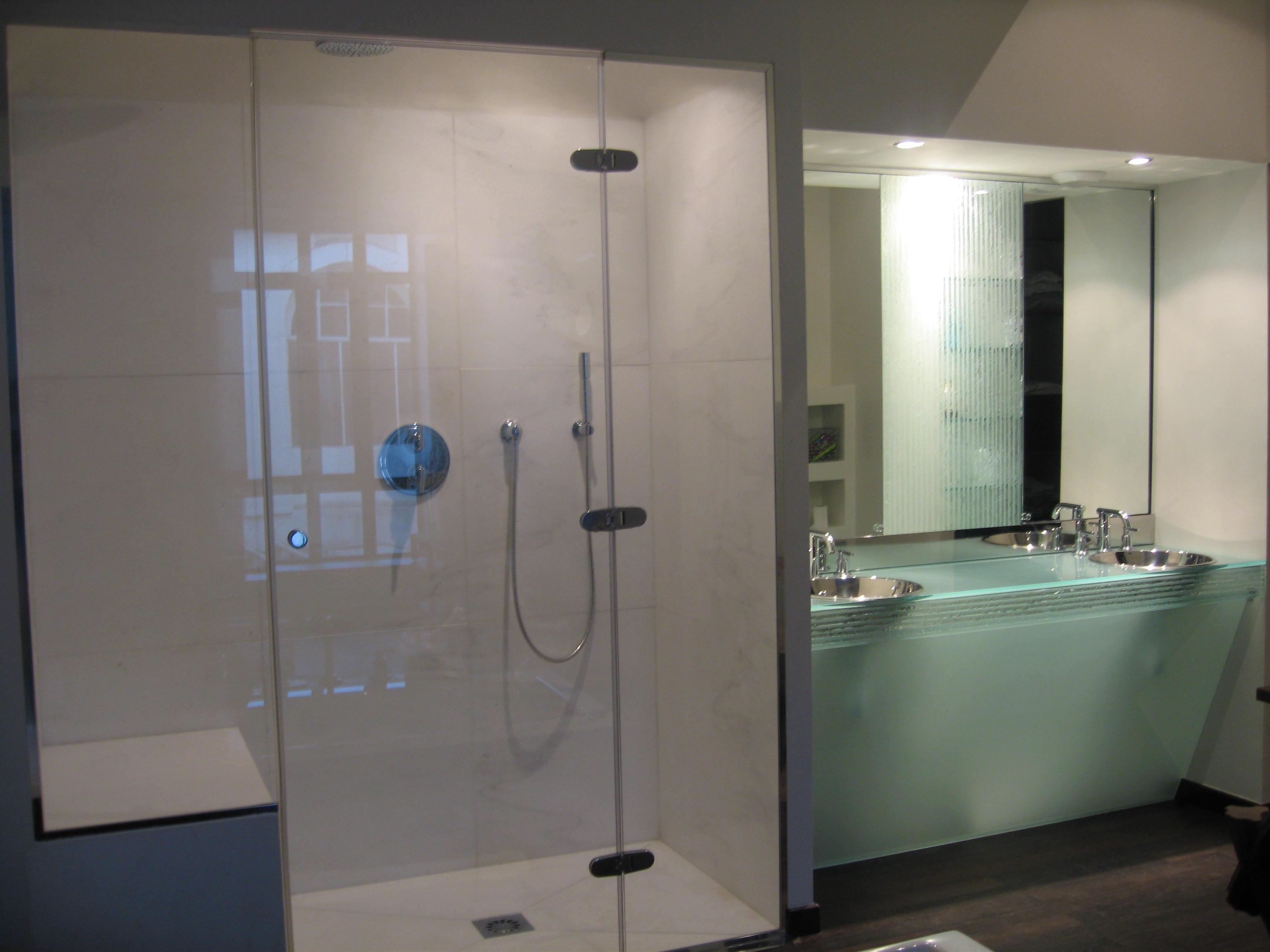 Porte de douche sur mesure