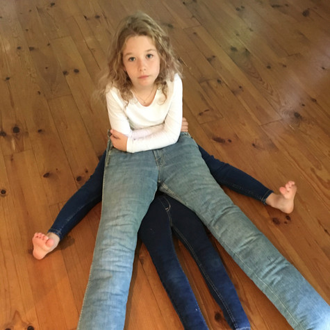 H et L, Jeu-jeans 3, 2020