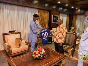 Chelsea Star Hudson Odoi visits the President