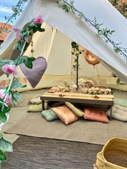 Picnic bell tent set up.jpg