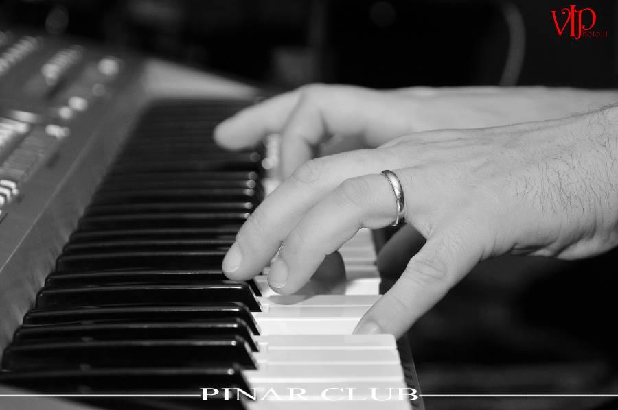 Pianist's hands